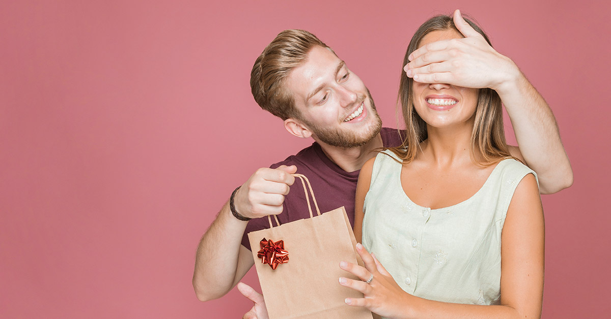 Beautiful gifts to surprise your favorite person in anniversary!