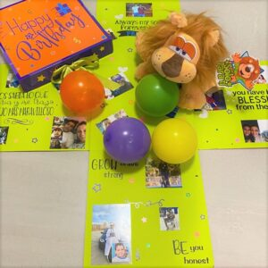 Surprise Box Photos & 7 Balloons